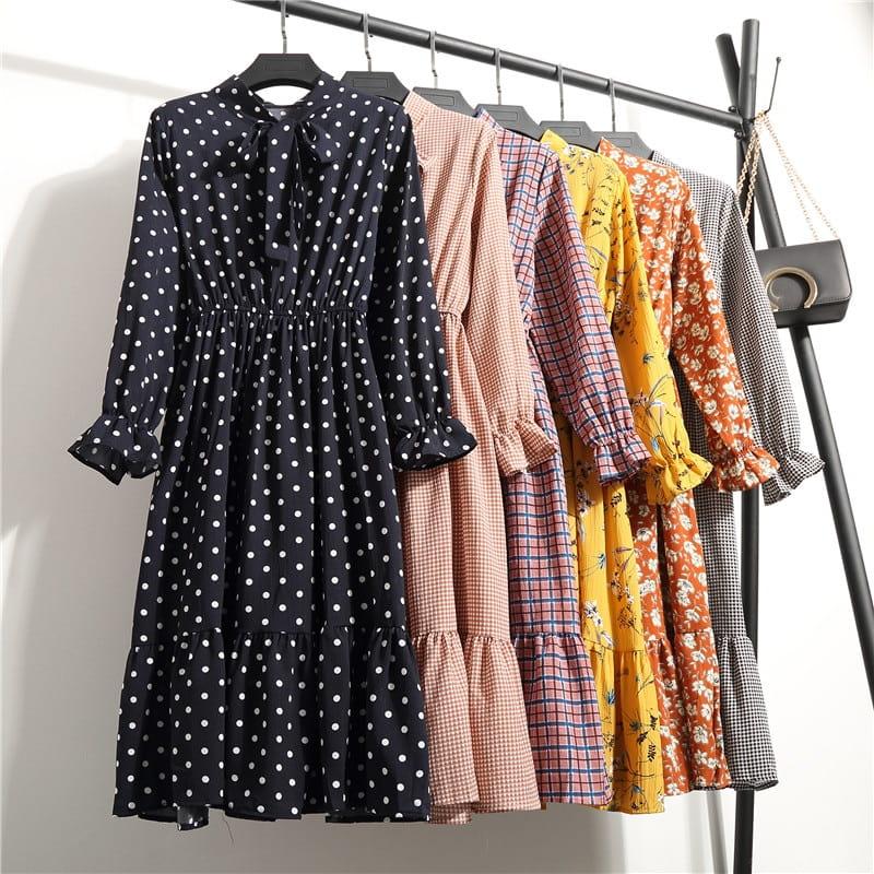 توصیف طرح لباس به انگلیسی