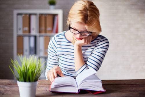 یادگیری زبان انگلیسی با خواندن کتاب